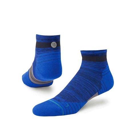 Running Socken,  Socken Uncommon Solids Qtr, Stance