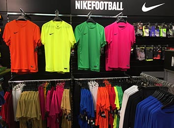 NIKE Trainingstextilien